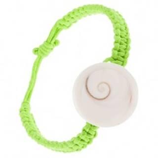 Pletený náramok zo zelených šnúrok, biela okrúhla mušlička S10.16