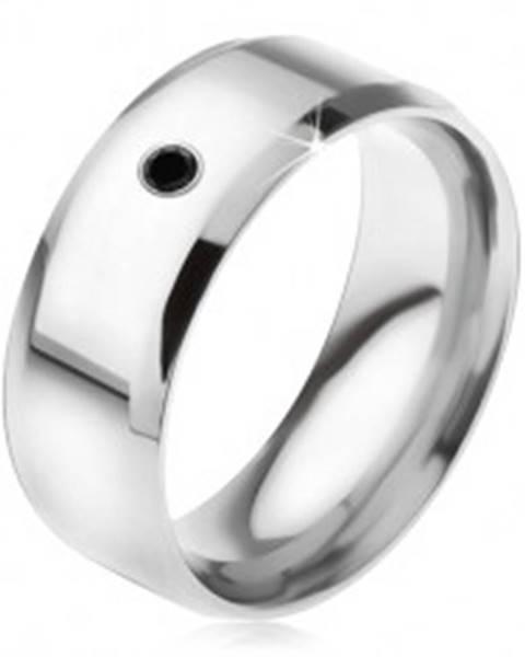 Zrkadlovolesklý prsteň z ocele 316L, čierny kamienok - Veľkosť: 56 mm