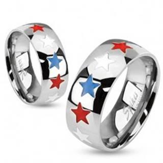 Prsteň z ocele, glazúrované hviezdy bielej, modrej a červenej farby - Veľkosť: 49 mm
