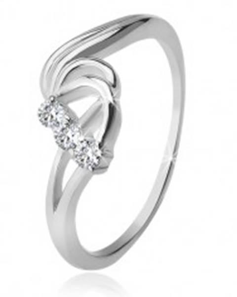 Strieborný prsteň 925, tri číre zirkóny, rozbúrené vlny F1.15 - Veľkosť: 49 mm