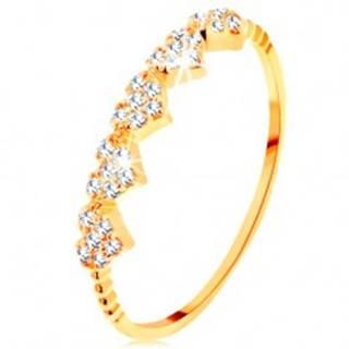 Prsteň v žltom 14K zlate - malé ligotavé srdiečka, guličky na ramenách - Veľkosť: 49 mm