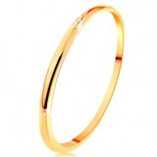 Tenká obrúčka v žltom 14K zlate, hladký a mierne vypuklý povrch - Veľkosť: 49 mm