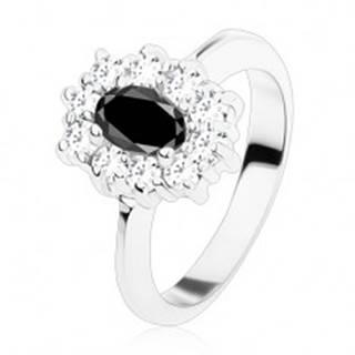 Prsteň striebornej farby, čierny oválny zirkón lemovaný okrúhlymi čírymi zirkónikmi R48.23 - Veľkosť: 48 mm