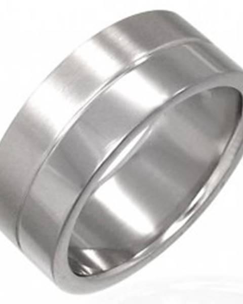 Prsteň z chirurgickej ocele s prúžkom v strede - Veľkosť: 53 mm