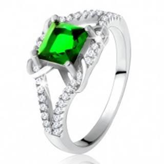 Prsteň zo striebra 925, štvorcový zelený zirkón, rozdvojené ramená, X T18.11 - Veľkosť: 49 mm