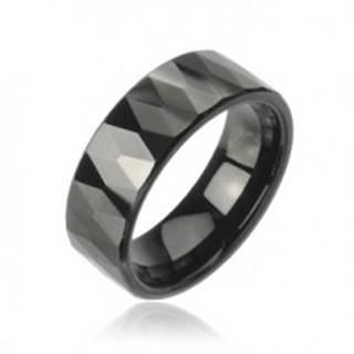 Tungstenový prsteň so vzorom brúsených čiernych kosoštvorcov - Veľkosť: 49 mm