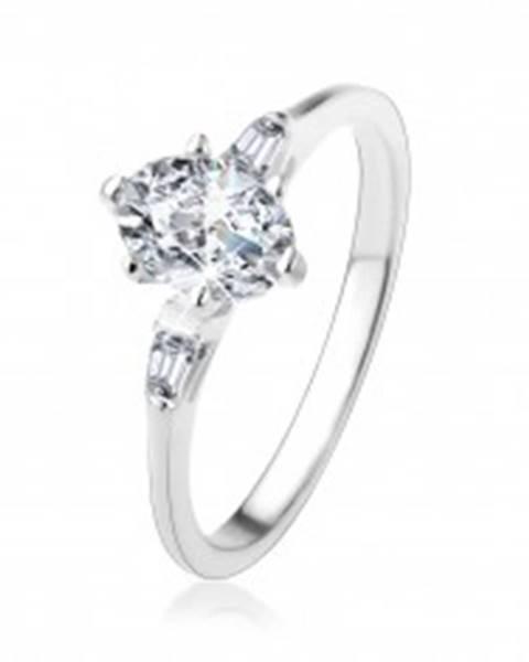 Strieborný prsteň 925, oválny číry zirkón, malé zirkónové lichobežníky - Veľkosť: 49 mm