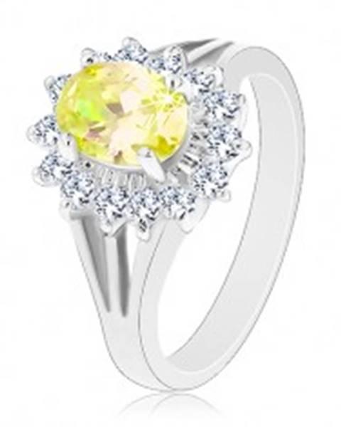 Trblietavý prsteň s rozvetvenými ramenami, strieborná farba, žlto-číre zirkóny - Veľkosť: 50 mm
