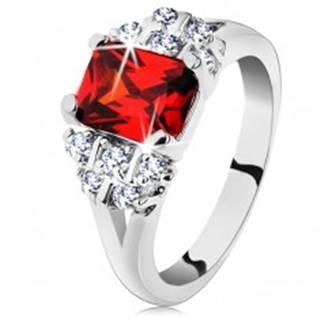 Lesklý prsteň so strieborným odtieňom, tmavooranžový obdĺžnikový zirkón - Veľkosť: 48 mm
