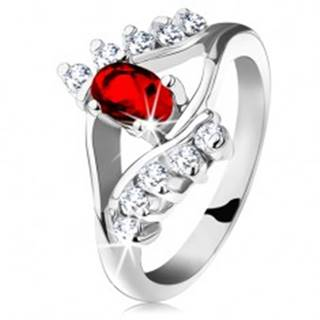 Ligotavý prsteň so strieborným odtieňom, červený brúsený ovál, číre zirkóniky G11.13 - Veľkosť: 48 mm