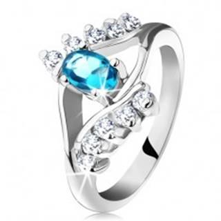 Prsteň v striebornej farbe, akvamarínový oválny zirkón, línia čírych zirkónov - Veľkosť: 49 mm