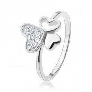 Strieborný prsteň 925, tri rôzne srdiečka, zirkóny čírej farby - Veľkosť: 49 mm