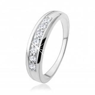 Zásnubný strieborný prsteň 925 s líniou zirkónov vsadenou v ramenách HH18.9 - Veľkosť: 50 mm