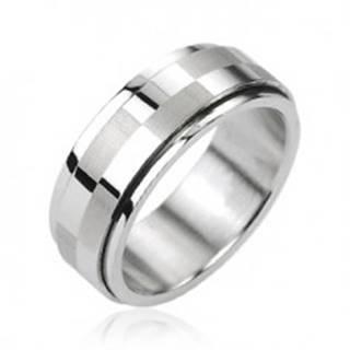 Oceľový prsteň striebornej farby, otáčací stredový pás s motívom šachovnice SP63.14 - Veľkosť: 58 mm