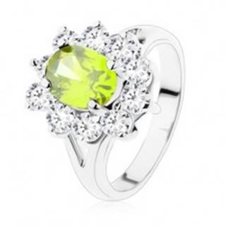 Prsteň s rozdvojenými ramenami, zelený zirkónový ovál s lemovaním v čírom odtieni - Veľkosť: 49 mm