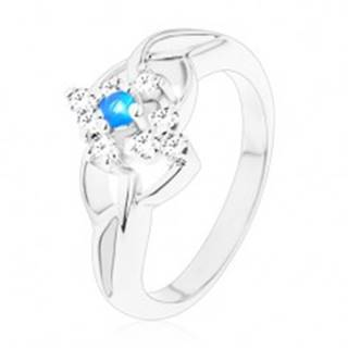 Trblietavý prsteň s rozdelenými ramenami, modrý zirkón v čírom kosoštvorci - Veľkosť: 51 mm
