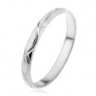 Strieborný prsteň 925 - gravírované obrysy zrniečka H12.8 - Veľkosť: 50 mm