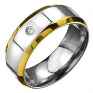 Prsteň z titánu - obrúčka striebornej farby s okrajmi zlatej farby a zirkónom - Veľkosť: 57 mm