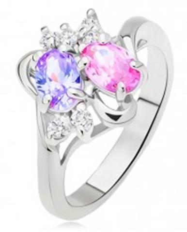 Lesklý prsteň, rozvetvené a zvlnené ramená, farebné a číre kamienky L12.02 - Veľkosť: 51 mm