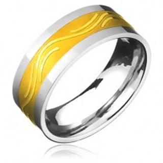 Obrúčka z chirurgickej ocele - zlatistý pás a jemná vlnka - Veľkosť: 57 mm