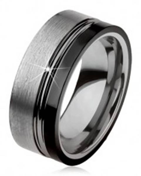 Wolfrámový prsteň, dva zárezy, oceľovosivá a čierna farba, lesklo-matný povrch - Veľkosť: 49 mm
