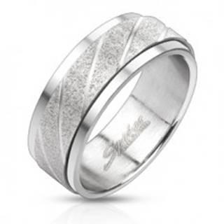 Oceľový prsteň - pieskovaný pás so šikmými ryhami L2.10 - Veľkosť: 58 mm