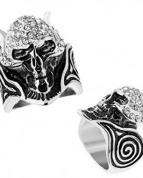Oceľový prsteň, lebka s rohmi vykladaná čírymi zirkónmi, patinované špirály - Veľkosť: 56 mm
