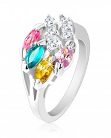 Lesklý prsteň striebornej farby, farebné zirkónové zrnká, číre zirkóniky R25.30 - Veľkosť: 49 mm