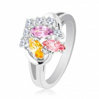 Ligotavý prsteň, farebné zirkónové zrnká a okrúhle číre zirkóniky, lesklé ramená - Veľkosť: 48 mm