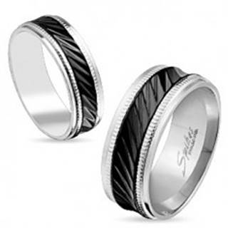 Oceľová obrúčka striebornej farby, čierny pás so šikmými zárezmi, vrúbky, 6 mm - Veľkosť: 49 mm