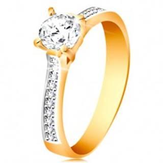 Prsteň zo 14K zlata - ligotavý okrúhly zirkón čírej farby, zirkónové ramená GG193.08/14 - Veľkosť: 48 mm