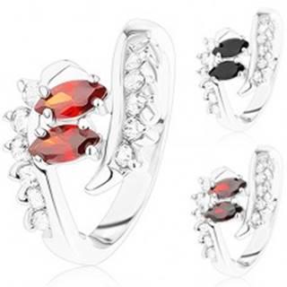 Ligotavý prsteň striebornej farby, zahnuté konce ramien, číre a farebné zirkóny - Veľkosť: 51 mm, Farba: Červená
