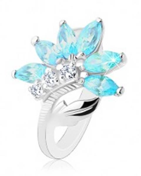 Prsteň v striebornom odtieni, kvet z čírych a modrých zirkónov, lesklý list - Veľkosť: 48 mm