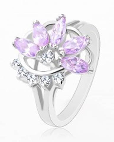 Prsteň striebornej farby, svetlofialový zirkónový kvet, číre zirkóniky R32.17 - Veľkosť: 48 mm