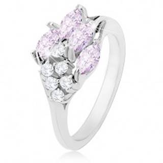 Lesklý prsteň striebornej farby, svetlofialové zrnká, okrúhle číre zirkóny - Veľkosť: 48 mm
