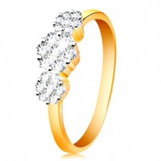Zlatý prsteň 585 - tri ligotavé kvety z čírych zirkónov, tenké lesklé ramená - Veľkosť: 50 mm