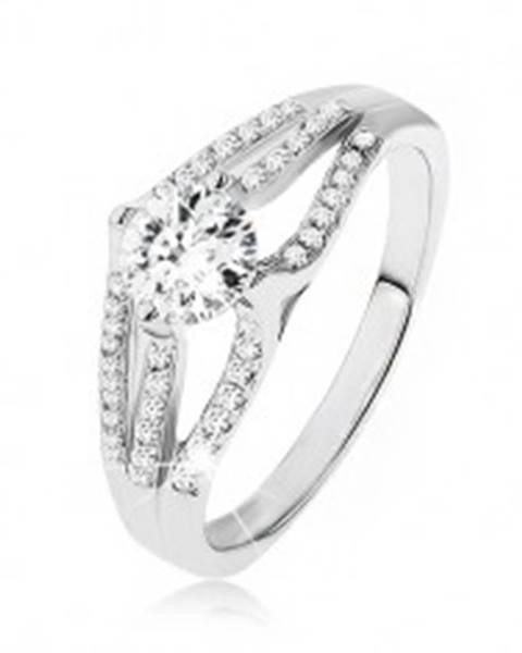 Ligotavý prsteň - striebro 925, veľký okrúhly zirkón, tri pruhy čírych kamienkov SP50.02 - Veľkosť: 48 mm