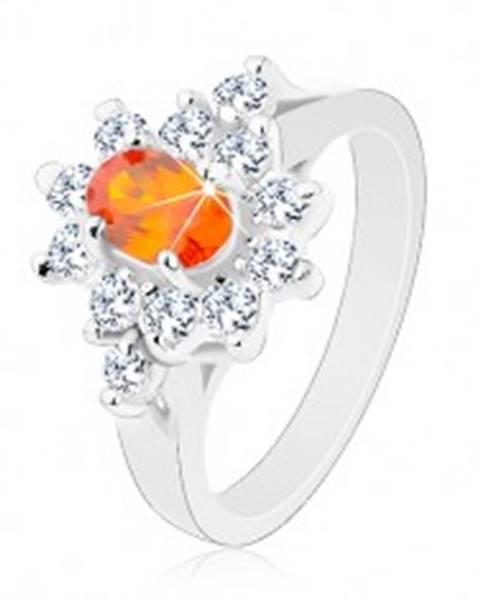 Prsteň striebornej farby, oranžový zirkónový ovál s lemom čírej farby - Veľkosť: 49 mm