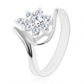 Ligotavý prsteň so strieborným odtieňom, ohnuté ramená, číre zirkóny - Veľkosť: 48 mm