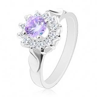 Trblietavý prsteň s lístkami na ramenách, svetlofialový zirkón, číre lupene - Veľkosť: 49 mm