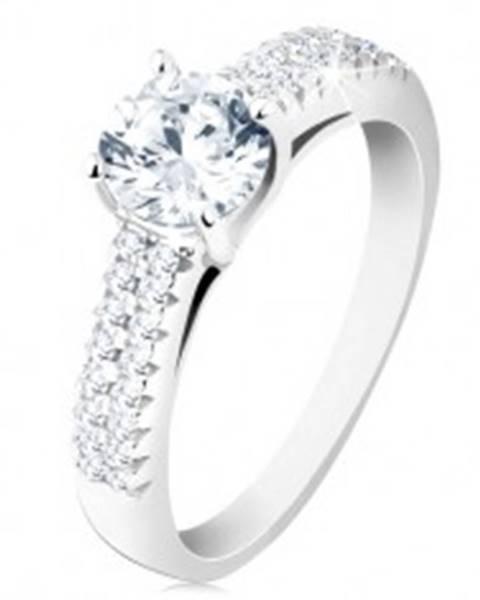 Strieborný prsteň 925 - zásnubný, číry okrúhly zirkón, zdobené ramená S60.29 - Veľkosť: 48 mm