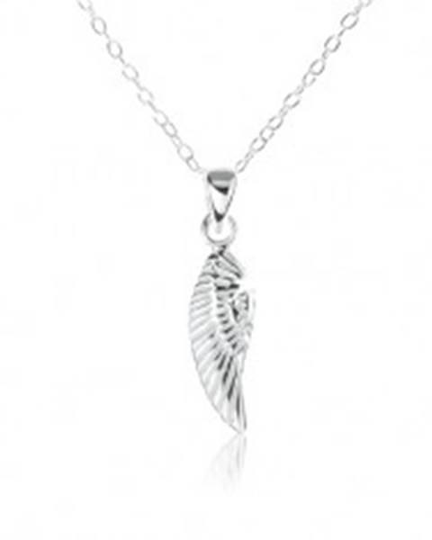 Strieborný náhrdelník 925, ozdobne gravírované anjelské krídlo