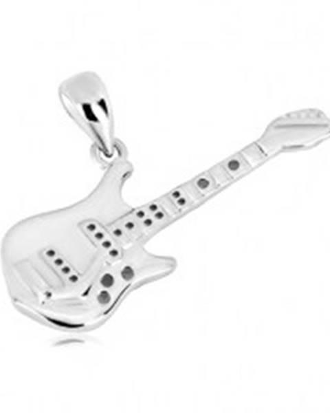 Strieborný 925 prívesok - detailne tvarovaná basová gitara, lesklý povrch