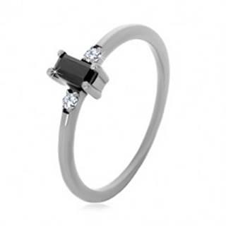Strieborný 925 prsteň - obdĺžnikový zirkón čiernej farby, číre okrúhle zirkóny - Veľkosť: 49 mm